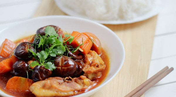 Các món ăn từ thịt gà với công dụng chữa đau lưng hiệu quả