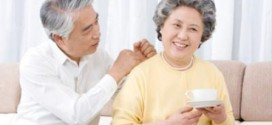 60 tuổi có uống thuốc gia truyền trị đau lưng được không?